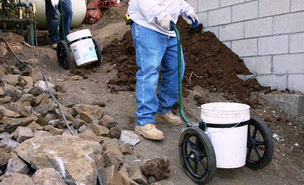 bucket concrete cart