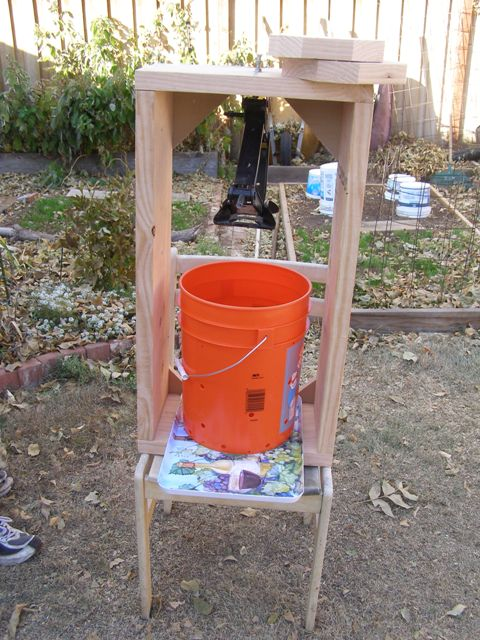 five gallon bucket cider press