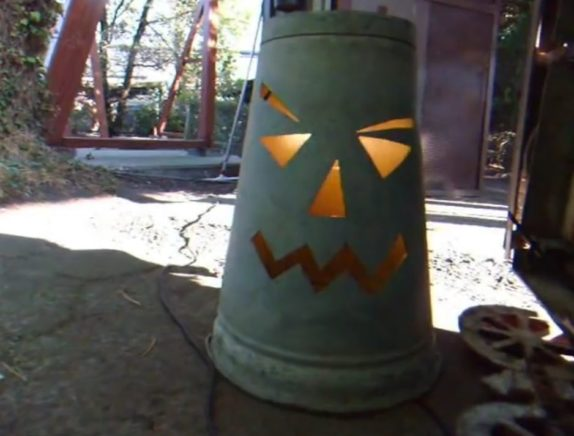 bucket halloween light