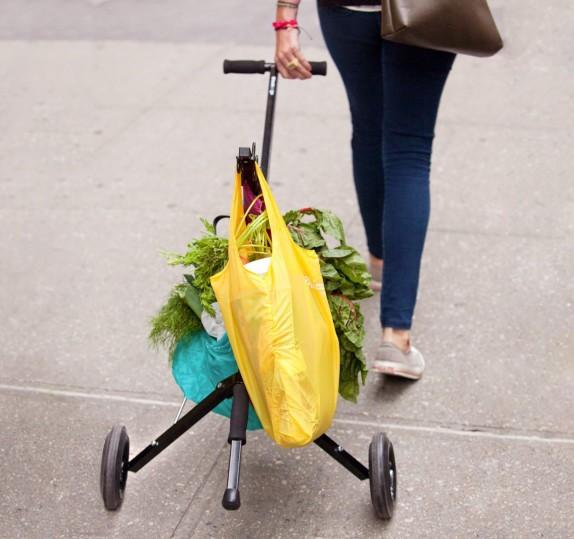 wheeling-foldable-grocery-bag-carrier