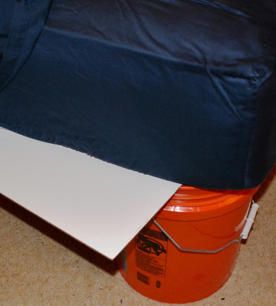 bucket-bed-frame