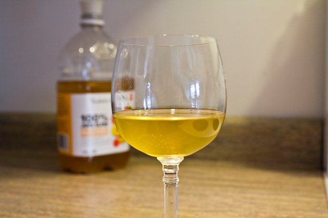 wine-glass-peach