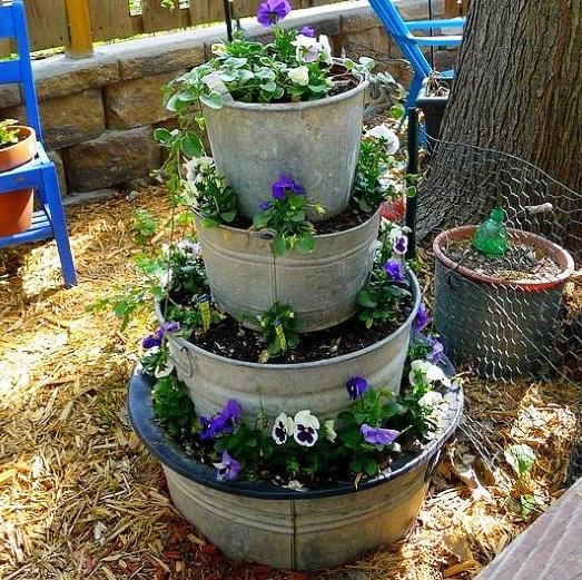 bucket-herb-spiral