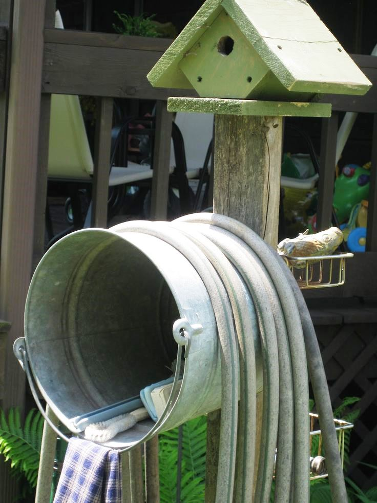 5 Gallon Bucket Hose Holder