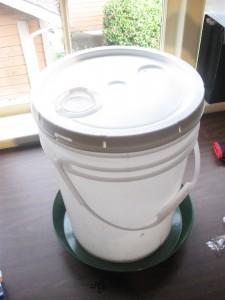 5 gallon chicken waterer