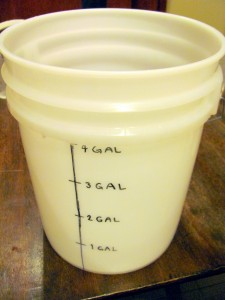 graduated cylinder five gallon bucket
