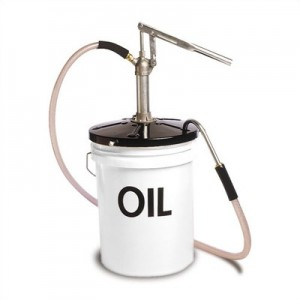5 gallon bucket oil can
