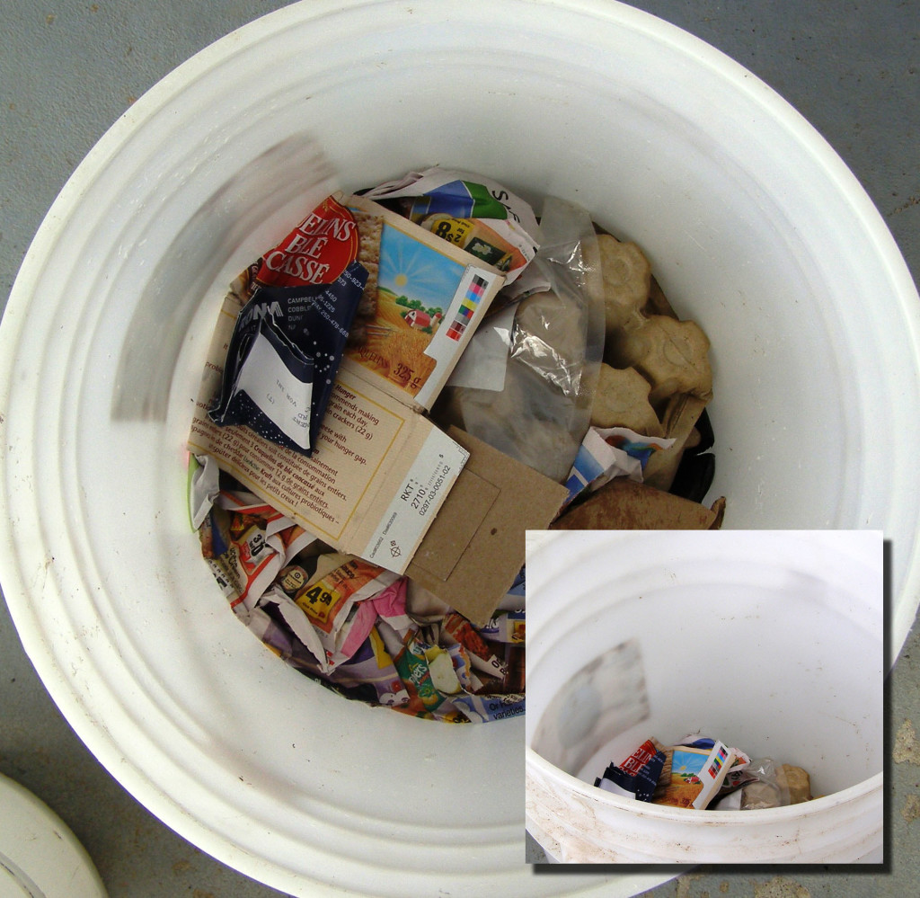 5 gallon bucket compacted trash