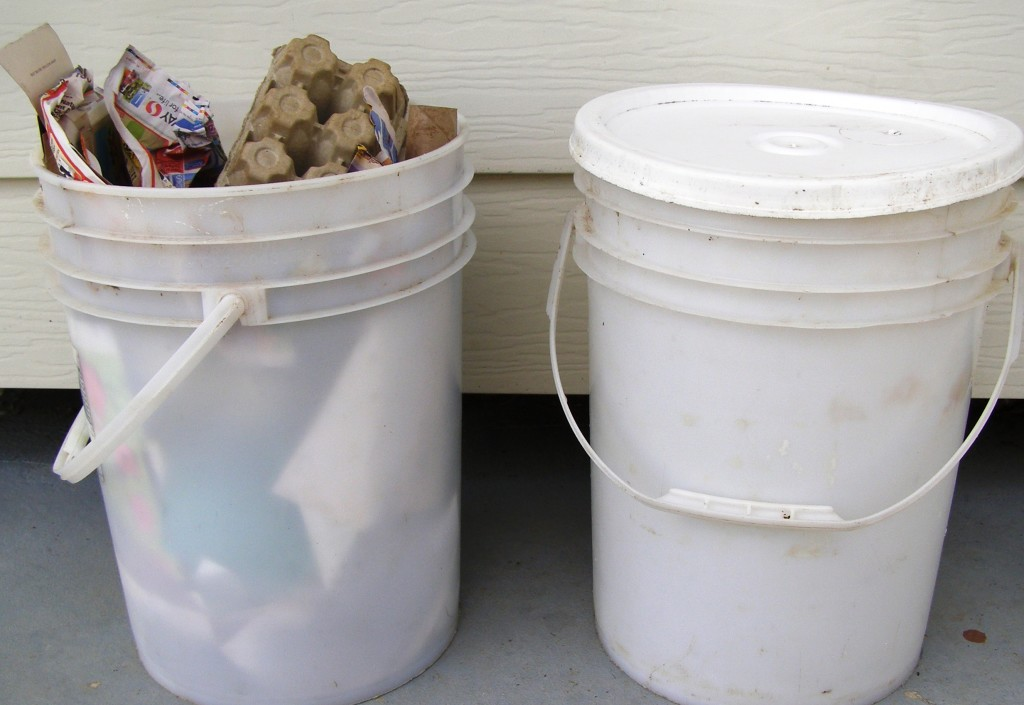 trash compactor bucket