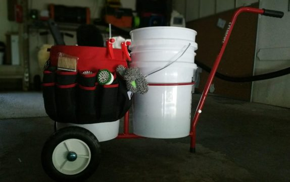 bucket buddy wheelbarrow wheel barrow carrying five gallon bucket