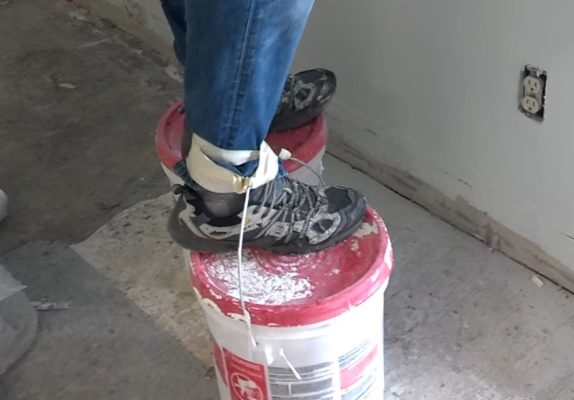 Five Gallon Bucket Shoes stilts